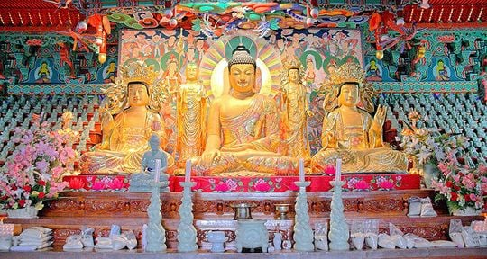 仏壇の夢・祭壇の夢