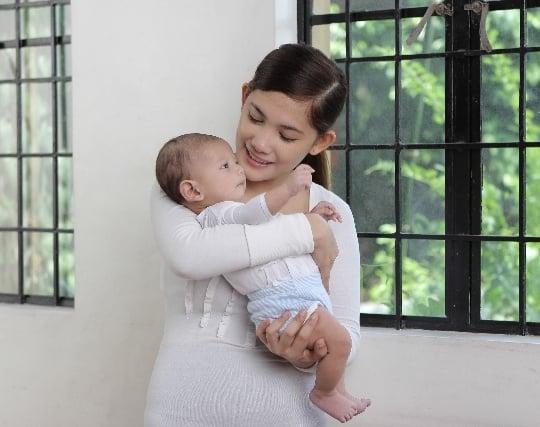 赤ちゃんを抱く夢