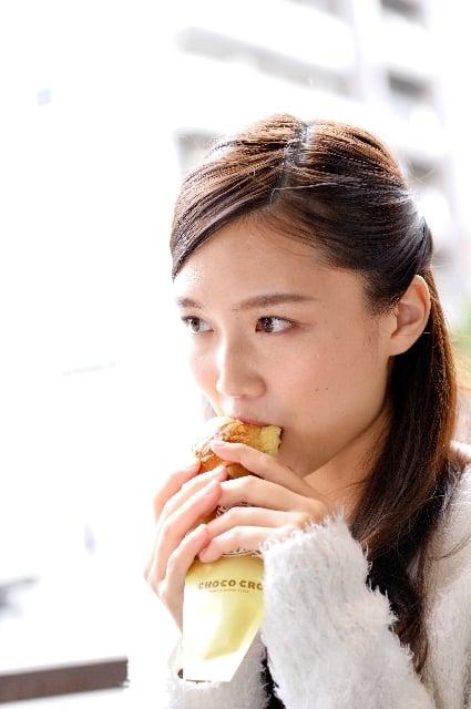 パンを食べる夢