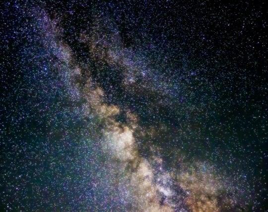 美しい宇宙が広がる夢