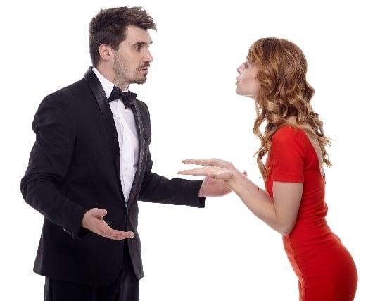 外国人と喧嘩する夢