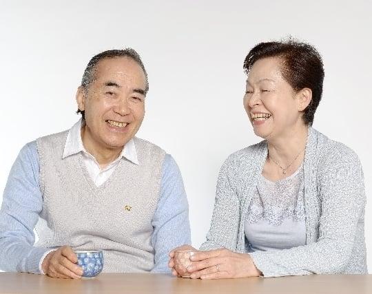 嬉しそうな表情の祖父母の夢