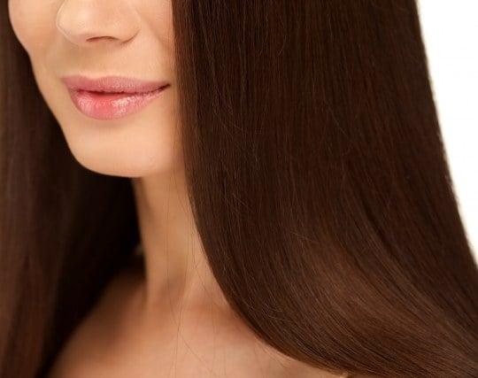 艶のある美しい髪の毛の夢