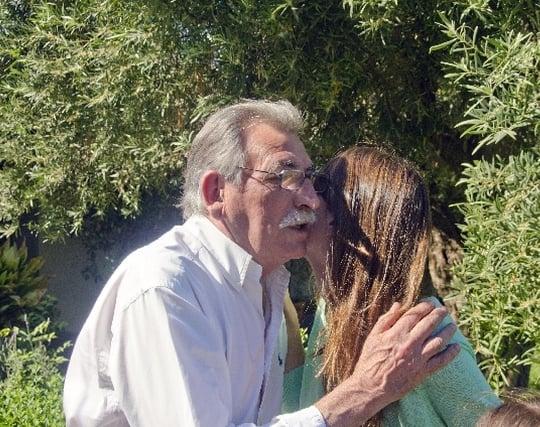 老人とキスする夢