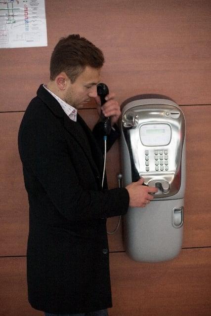 電話をかける夢
