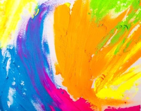 色彩が派手な絵の夢