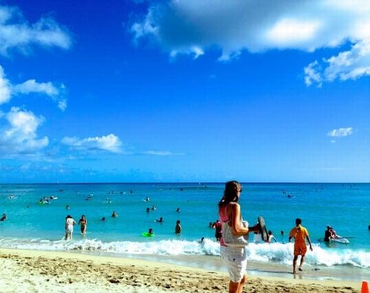 ビーチで海水浴を楽しむ夢