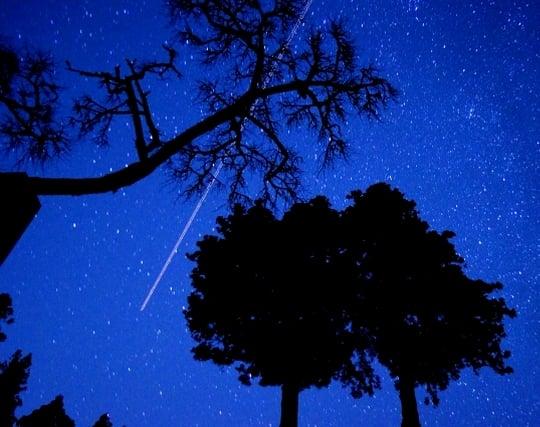 流れ星を見る夢