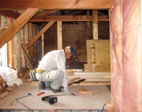 大工が家を建てる夢