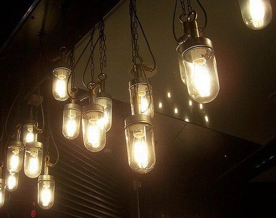 煌々と輝くランプの夢