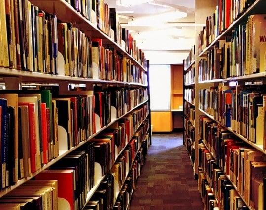 書類を整理整頓する夢