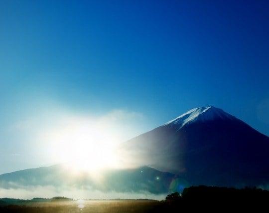 富士山からの日の出を見る夢