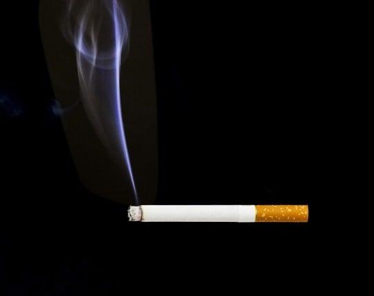 タバコの煙が印象的な夢