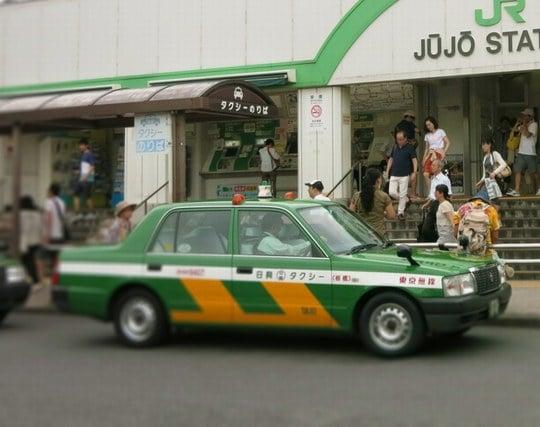 タクシーが現れる夢