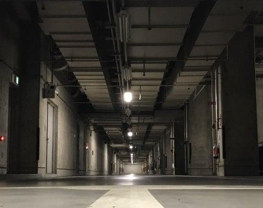 地下駐車場の夢