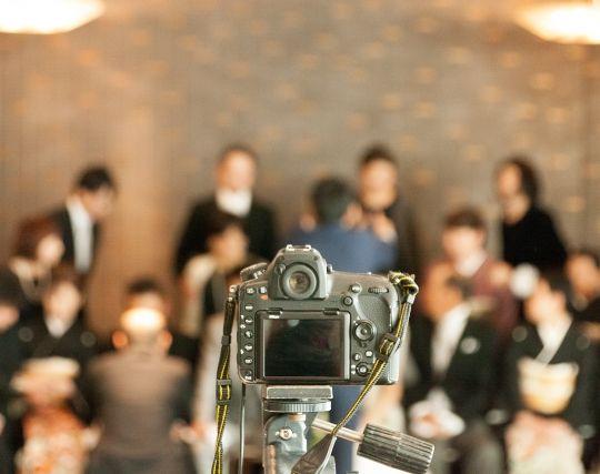 自分の結婚式で記念撮影をする夢