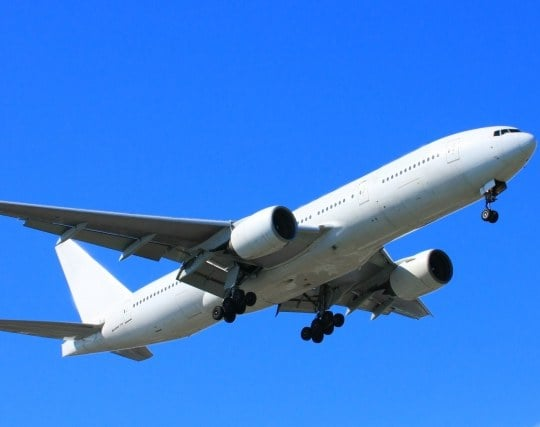 ジェット機が飛んでいる夢