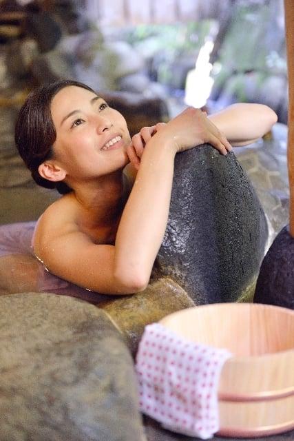 露天風呂に入る夢
