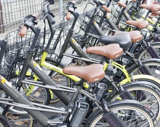 駐<strong>輪</strong>場に綺麗に自転車が並んでいる夢