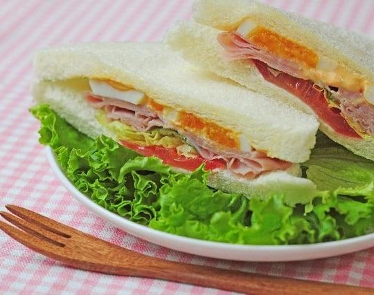 サンドイッチを見ている夢