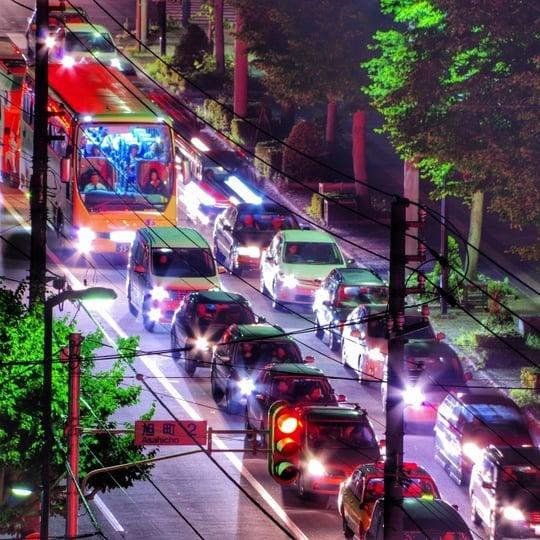 バスが交通渋滞に巻き込まれる夢