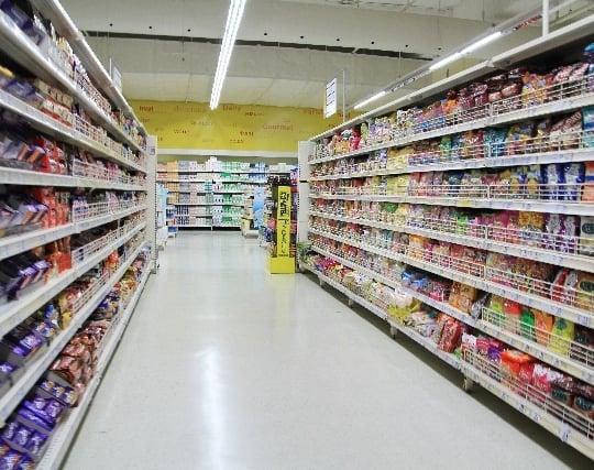 スーパーマーケットで買い物をする夢