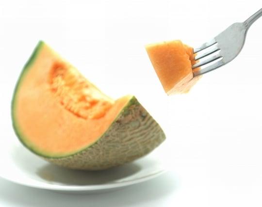 甘いメロンを食べる夢