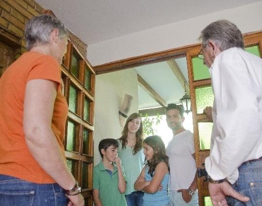 祖父母の家を訪ねる夢