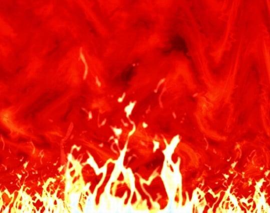 火事の炎が次々に燃え移る夢