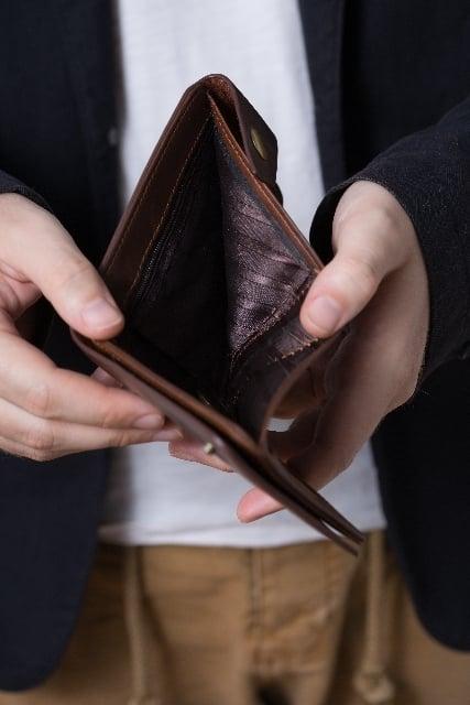 財布が空っぽの夢