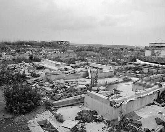 地震による津波で町が壊滅する夢