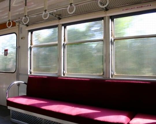 普通電車に乗り換える夢