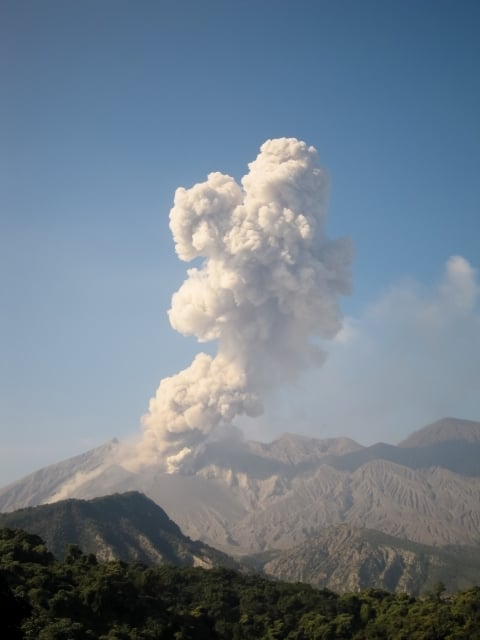 火山が噴火してスッキリする夢
