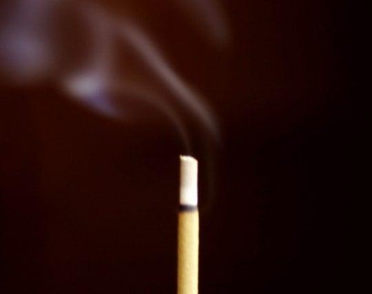 線香の煙が立ち込めている夢
