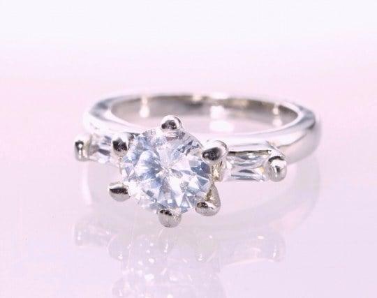 ダイアモンドの指輪の夢