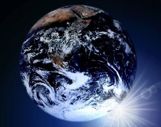 宇宙から地球を眺める夢