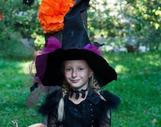 かわいい魔女が現れる夢