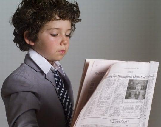 自分が新聞を読む夢