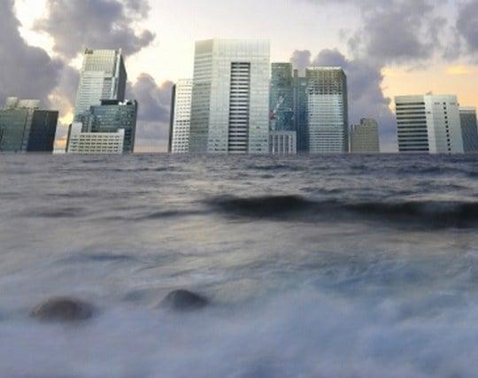津波に巻き込まれる夢