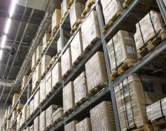 倉庫が綺麗に整理整頓されている夢